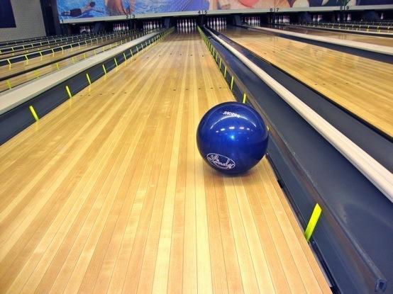 Bowling Alley Lane Bumper System
